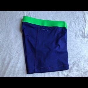 """Nike Shorts - Nike pro shorts 5"""" in"""